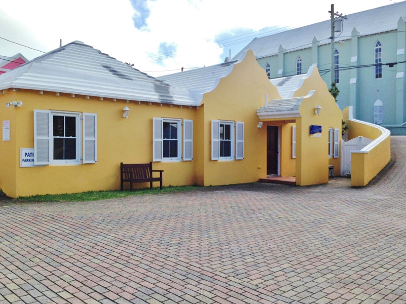 Additional photo for property listing at Dental Health Care 41 Parson's Road   Pembroke Parish, HM09 Bermuda