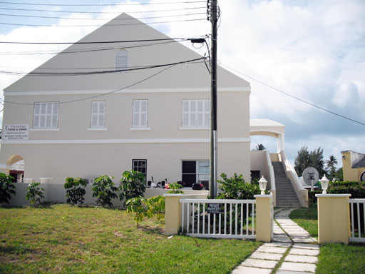 Casa por un Alquiler en Frith Building Apartment 3 10 Mangrove Bay Road Sandys Parish, MA01 Bermuda