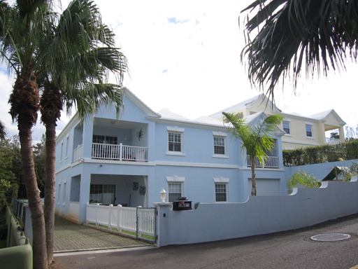 Condo / Townhouse / Flat for Rent at Elmcote Unit 3 Pembroke Parish, Bermuda