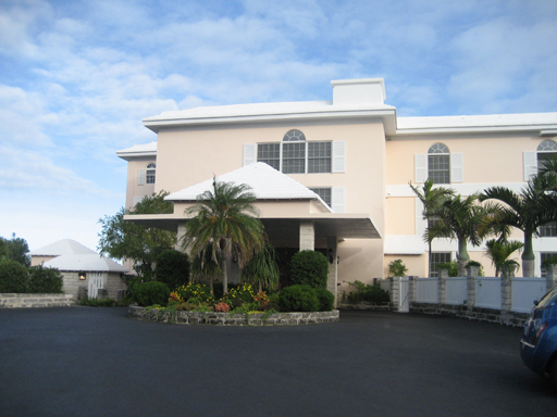 Casa por un Alquiler en Harbour House Unit 11 1 Cobbs Hill Road Paget Parish, PG01 Bermuda