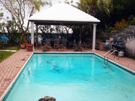 Short Term / Vacation Rentals for Rent at Frognal Apt Devonshire Parish, Bermuda