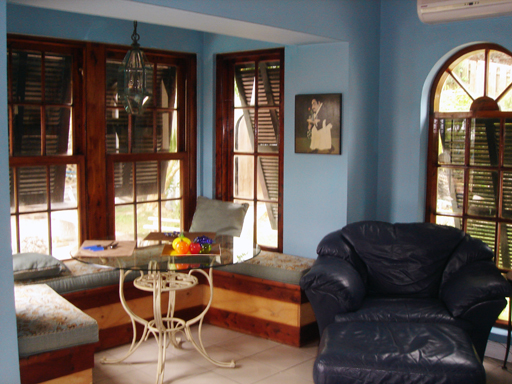 4 Look Out Lane Devonshire Parish Bermuda DV05 Short Term / Vacation  Rentals for Rent