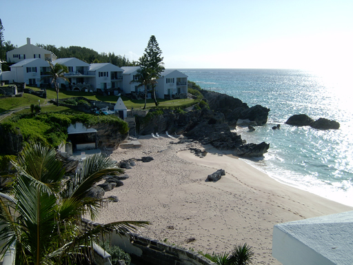 Casa por un Alquiler en Breakers Unit 3 Warwick Parish, Bermuda