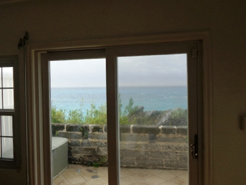 Additional photo for property listing at Breakers Unit 3 Warwick Parish, Bermuda
