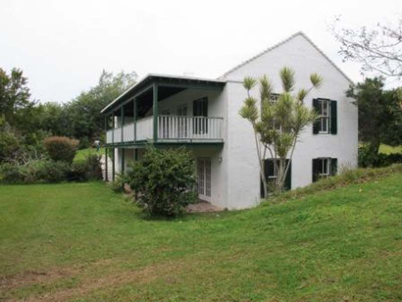 Short Term / Vacation Rentals for Rent at Peak Farm Cottage Smiths Parish, Bermuda