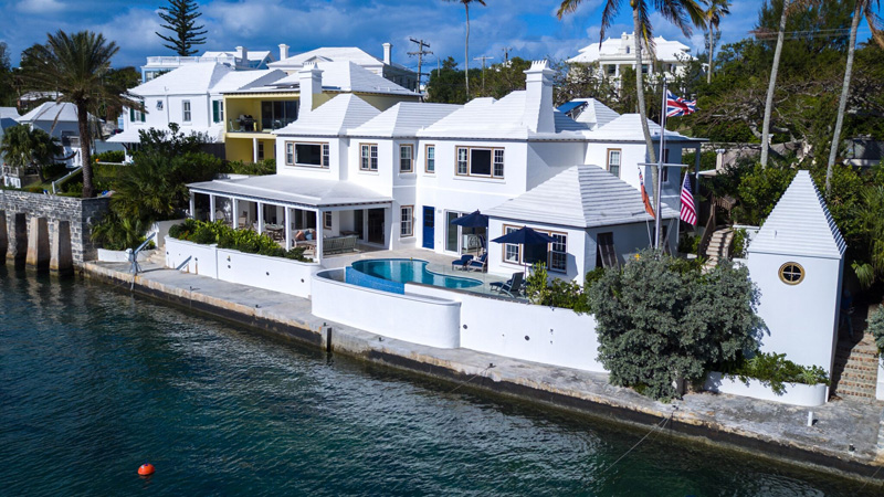 Short Term / Vacation Rentals for Rent at Bayswater Cottage Pembroke Parish, Bermuda