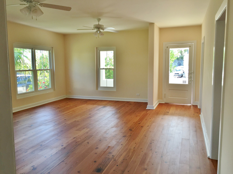 Additional photo for property listing at Finlandia (Upper Apt) 10 Woodbourne Street   Pembroke Parish, HM08 Bermuda