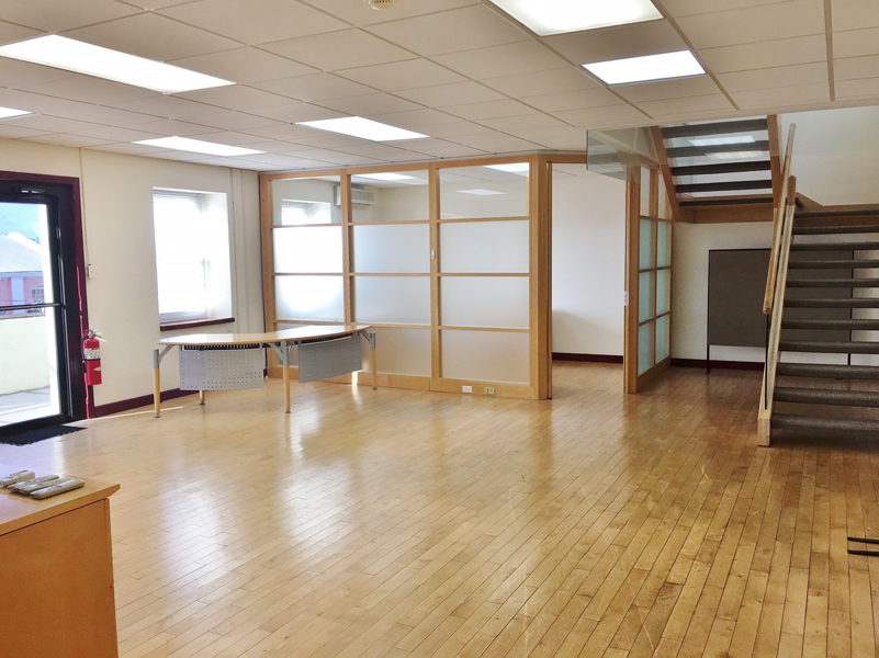 Additional photo for property listing at Penboss Building 103 Front Street   Hamilton, HM13 Bermuda
