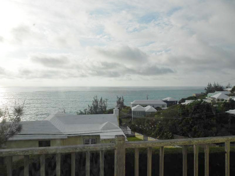 Condo / Townhouse / Piso por un Venta en Cove Valley Unit 3 13 Cove Valley Road St Georges Parish, DD02 Bermuda