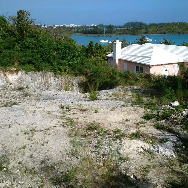 Terreno por un Venta en Emily's Bay Lane Lot A St Georges Parish, Bermuda