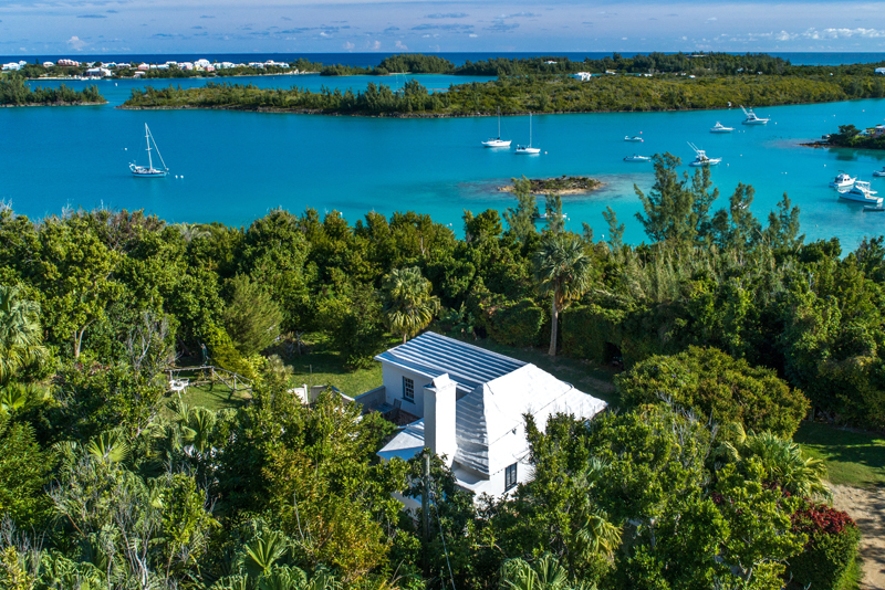 Additional photo for property listing at Ambleside 7 Emily's Bay Lane   St Georges Parish, DD01 Bermuda