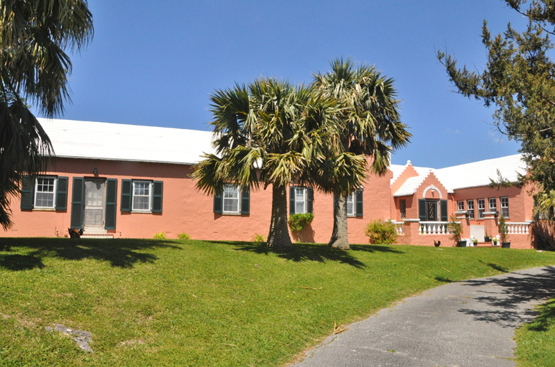 Additional photo for property listing at Outerlea 13 Store Hill   Smiths Parish, FL03 Bermuda