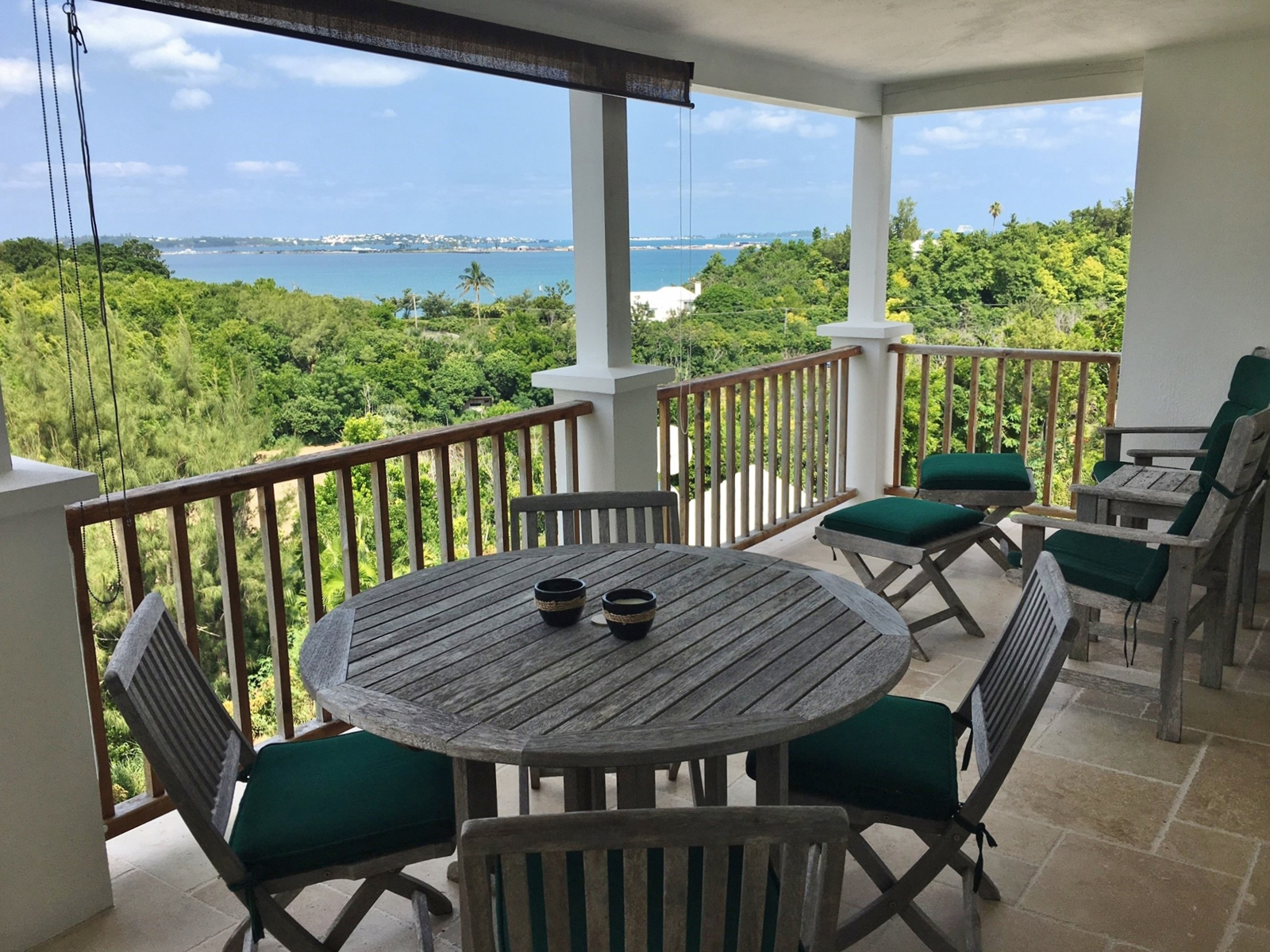 Condo / Townhouse plat /Appartement pour l Vente à The Bluffs Upper North - Unit 4 15 Admiral Lane Southampton Parish, SN01 Bermuda