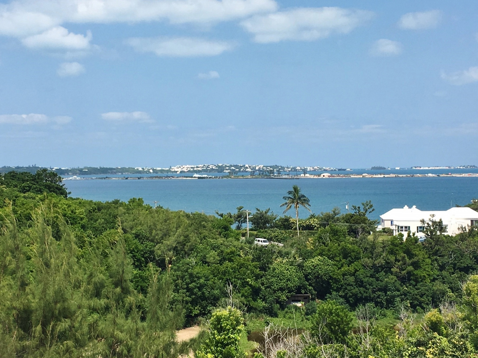 Additional photo for property listing at The Bluffs Upper North - Unit 4 15 Admiral Lane   Southampton Parish, SN01 Bermuda